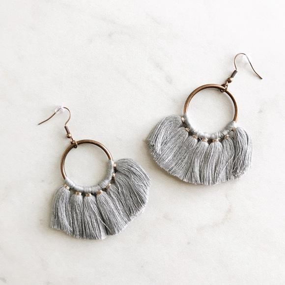 Jewelry - gray tassel fan shaped loop earrings